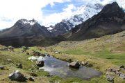 Ausangate-camping-trekking-perou-pasionandina-excursion-montagne-peru-travelagency-lac-lagunas-andes-altitude-lagunes-randonnée-mountain-camping