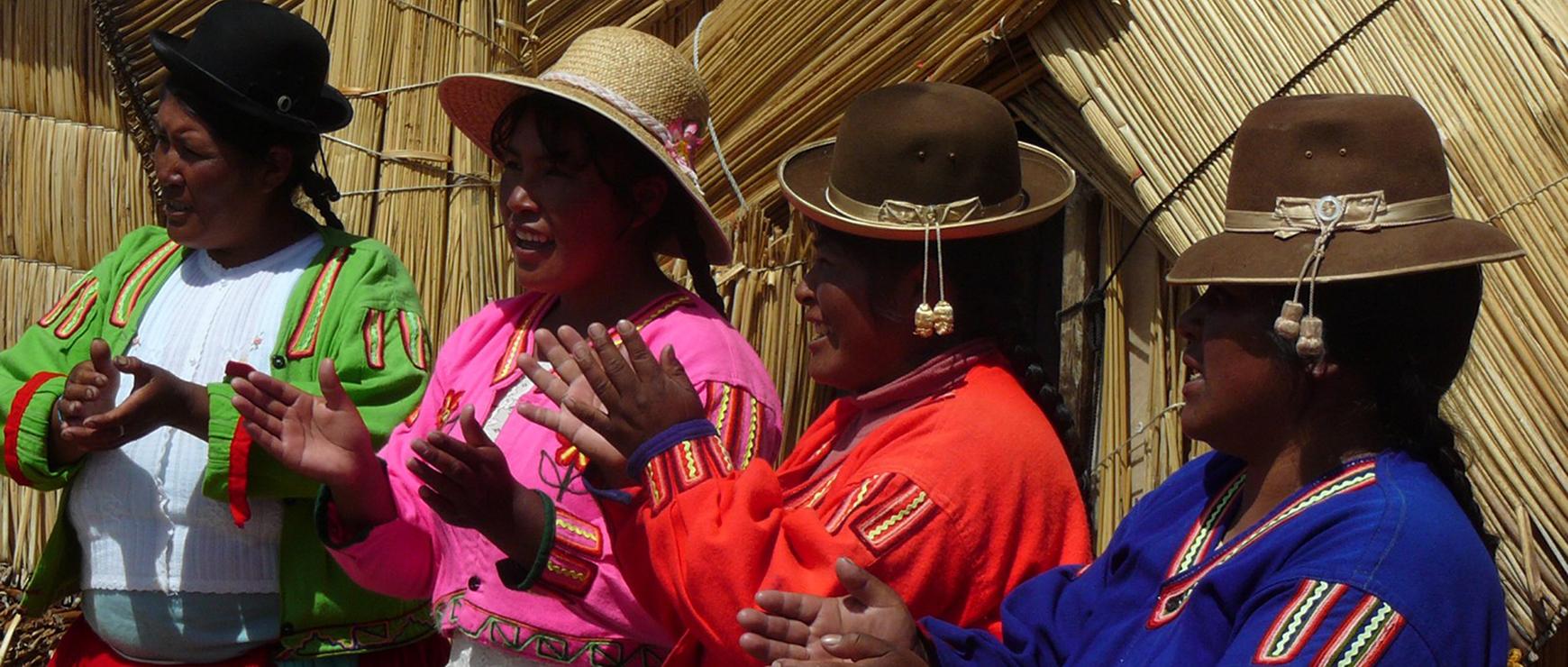 Femmes Uros - Titicaca - Pasion Andina